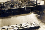 Flood 1916 [Flood damage to an industrial area].
